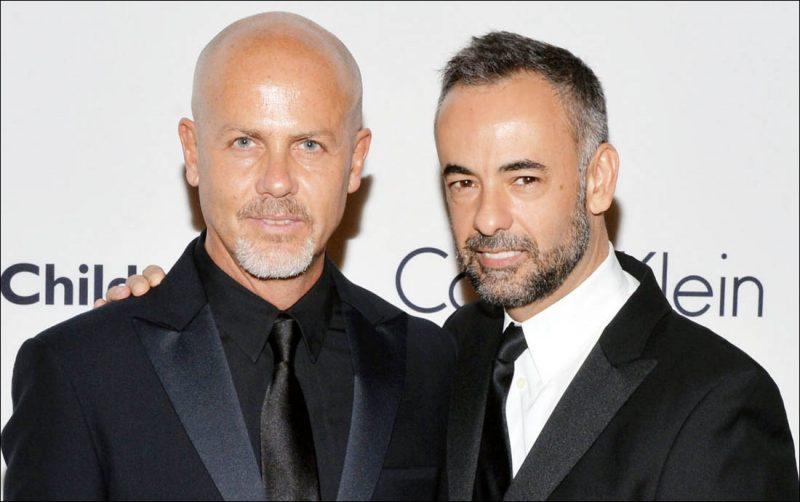 Vị trí nhà thiết kế 2016: Francisco Costa và Italo Zucchelli rời CK.