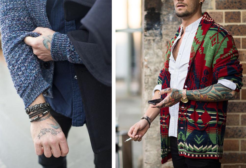 Áo khoác cardigan, xắn tay áo khoe phụ kiện và hình xăm.