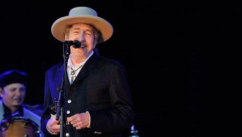 Huyền thoại âm nhạc Bob Dylan giành giải Nobel Văn học 2016