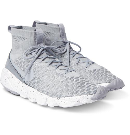Kiểu giày nam đẹp Thu-Đông 2016: Magista Flyknit High-top của Nike.