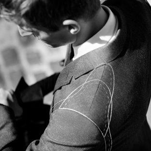 6 lỗi thường gặp khi lần đầu tiên phái mạnh tậu đồ vest nam