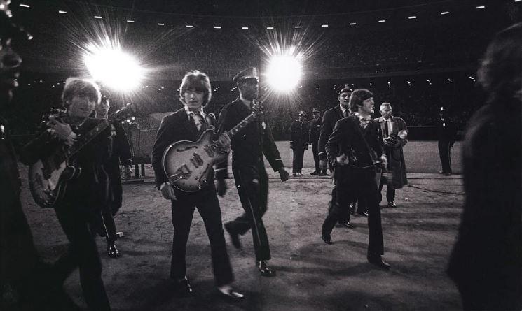 câu chuyện kinh doanh: The Beatles.