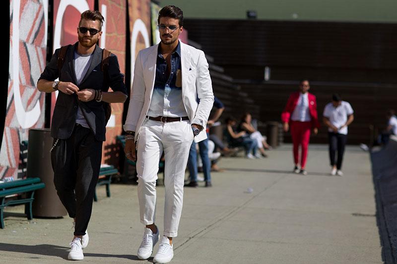 Giày Sneakers cũng vô cùng hợp nối phối cùng những bộ Suit