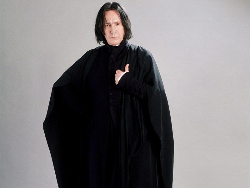 Hình tượng hóa trang Halloween ấn tượng bạn nên thử: Hóa trang thành giáo sư Snape
