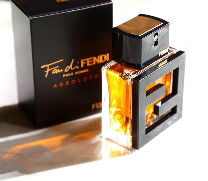 nước hoa nam mùi gỗ: Fendi Fan Di Fendi Pour Homme Assoluto.