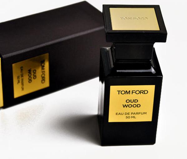 nước hoa nam mùi gỗ: Tom Ford Oud Wood.