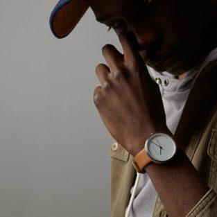 5 đồng hồ đẹp giá mềm cho người yêu phong cách tối giản