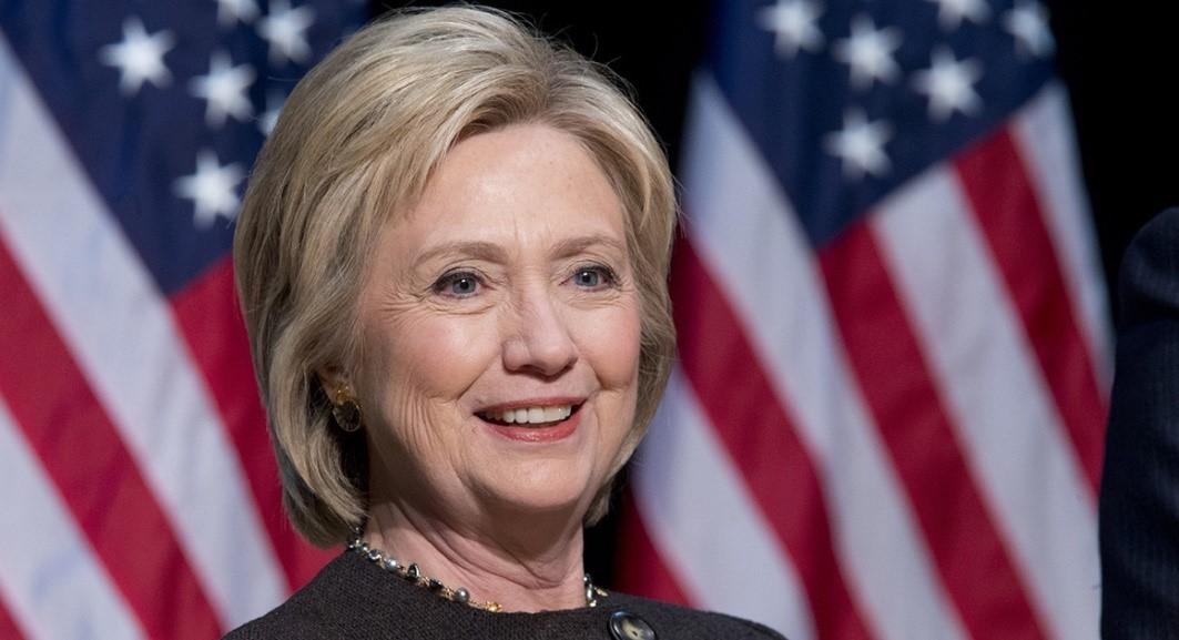 ứng cử viên tổng thống Hoa Kỳ: Hillary Clinton.