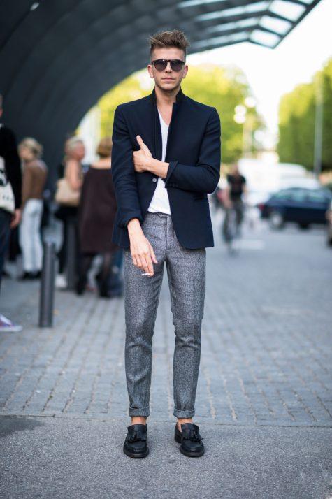 Quần kaki nam, item không bao giờ lỗi mốt: vest nam trẻ trung.