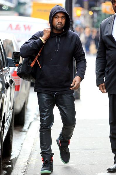 Rapper Kanye West là một trong những người cực kì ưa chuộng loại áo khoác nam này