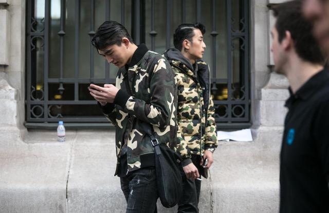 Áo khoác Camo, phong cách thời trang không thể thiếu cho ngày Đông lạnh giá
