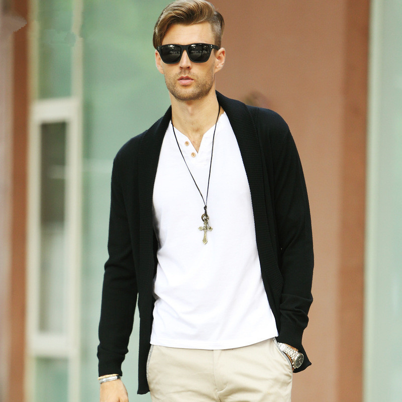 Phong cách thời trang Chỉ cần nhấn nhá bằng chiếc vòng cổ cá tính, bạn đã có mộtphong cách thời trang hoàn hảo cùng chiếc áo khoác Cardigan rồi