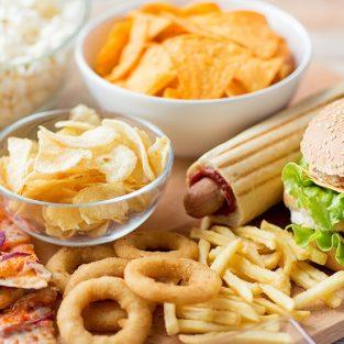 Những thực phẩm cần tránh xa để sở hữu cơ bụng 6 múi