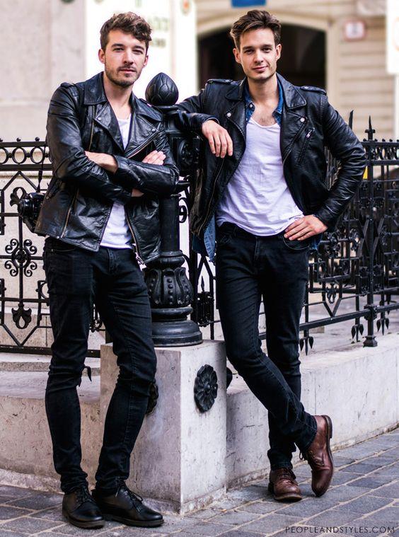 Nhẹ nhàng dạo phố với set đồ cổ điển gồm áo khoác da, quần Jeans và áo phông trắng nào