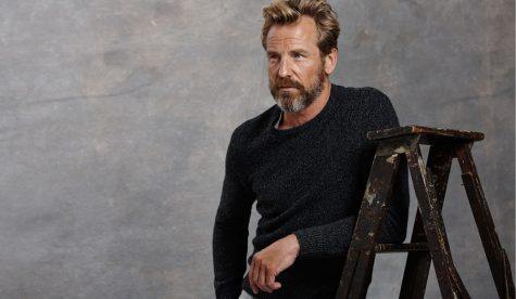 Áo len nam cashmere: Diện sao cho lịch lãm?