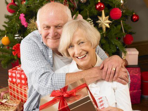 Ý tưởng quà Giáng Sinh dành tặng người thân: Bố mẹ