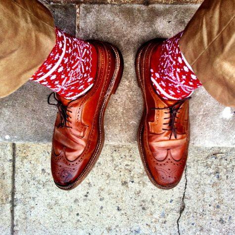 Cach phoi do Men Christmas Socks