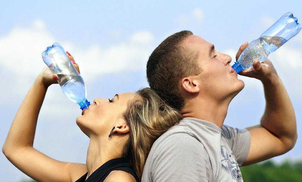 rèn luyện sức khỏe - nước lọc - elle man
