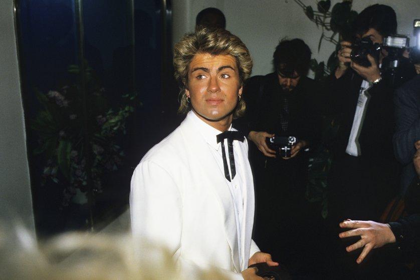 Tham dự BRIT Awards tại Grosvenor House Hotel, London vào 11/02/1985.