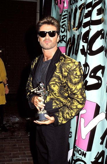 George Michael tại lễ trao giải MTV Video Music Awards ở Los Angeles, California.
