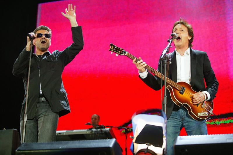 George Michael biểu diễn cùng Paul McCartney tại London (02/07/2005)