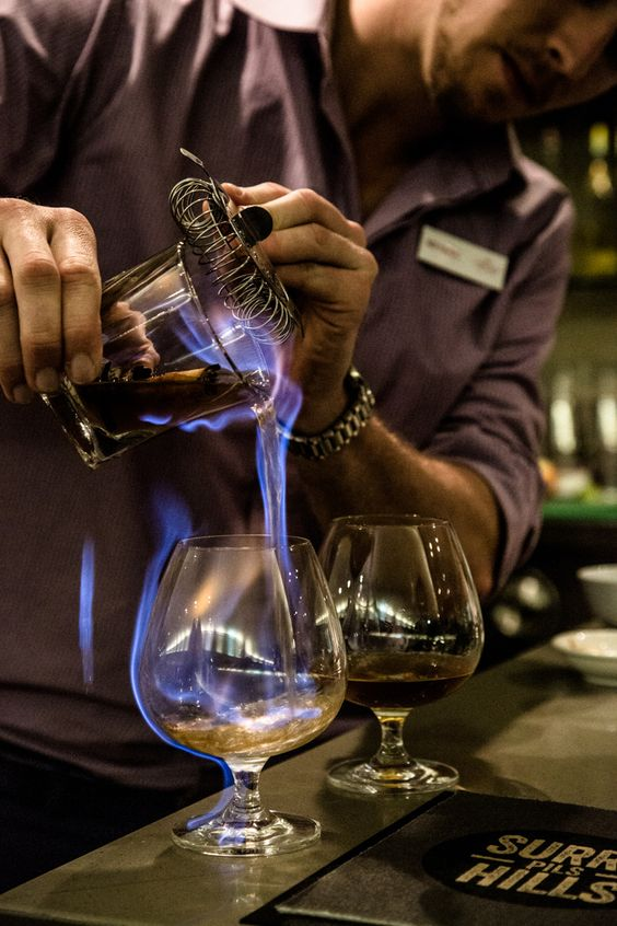 đi bar - cocktail - elle man