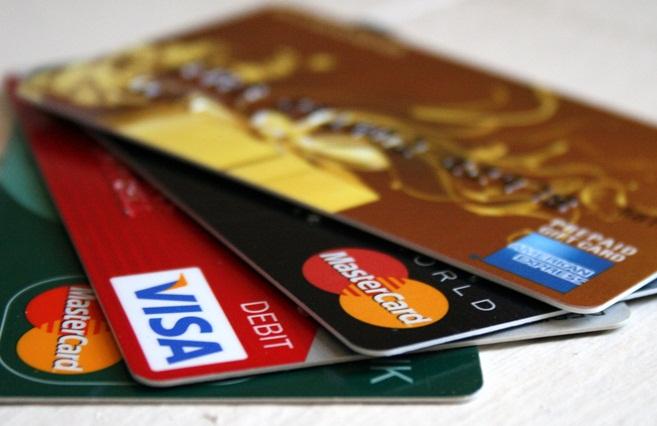 Thẻ tín dụng - Lợi hay hại ?