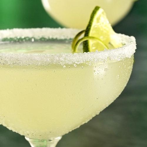 Những loại rượu cocktail đáng để thử trong năm mới