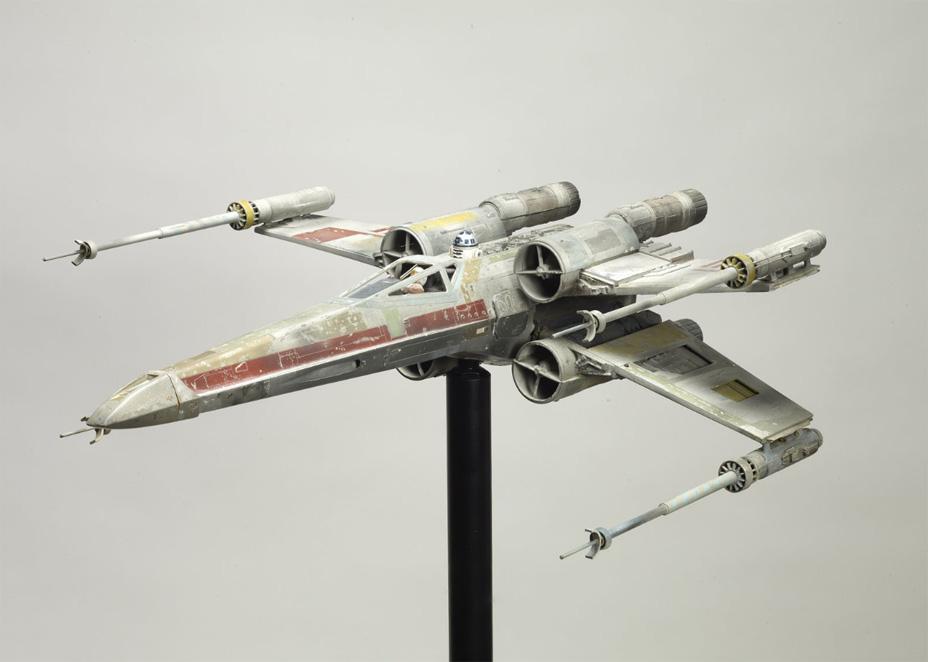 Mô hình chiếc X-Wing của quân Rebellion.