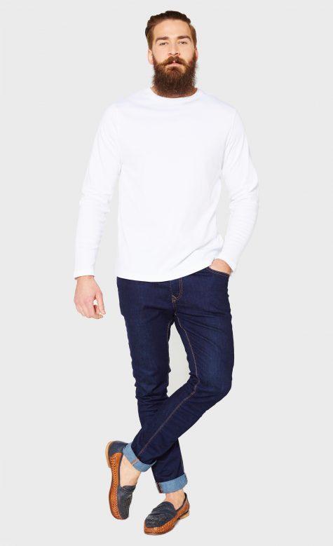 """Những kiểu áo thun trắng """"kinh điển"""" cần có trong tủ đồ 125"""