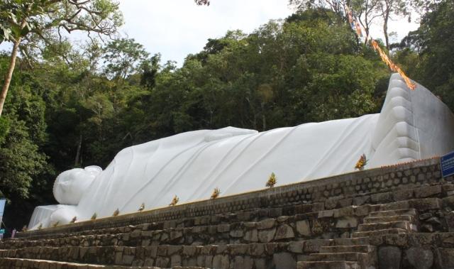 tượng phật khổng lồ, Phật Thích Ca nhập Niết Bàn - elle man 5