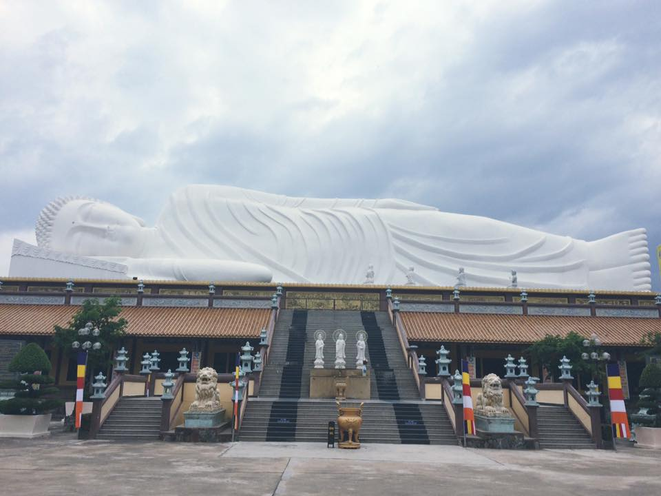 tượng phật khổng lồ, tượng Phật nằm - elle man 7