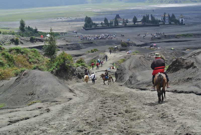 du lịch châu Á - Indonesia Bromo 5 - elle man