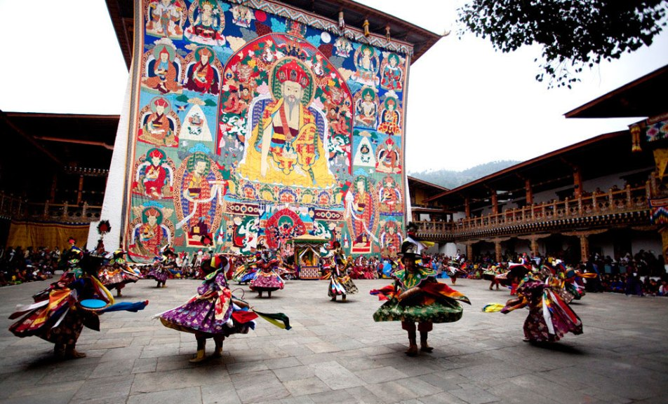 du lịch châu Á - bhutan losar - elle man 5