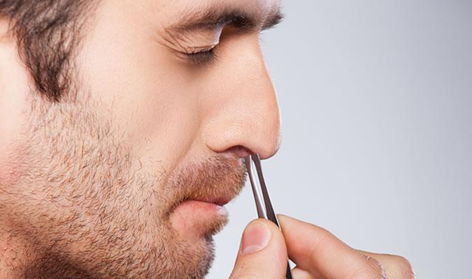 tips làm đẹp - nhổ lông mũi - elle man