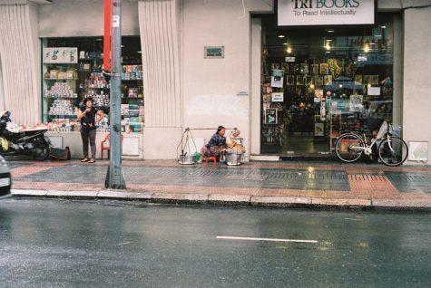 Lạc lối ở những nhà sách Sài Gòn 8