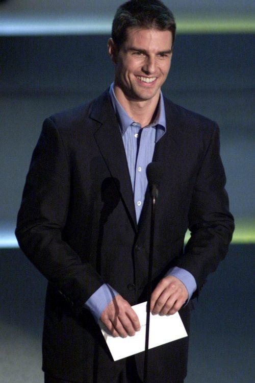 Thời trang Oscar - Tom Cruise Oscar 2001