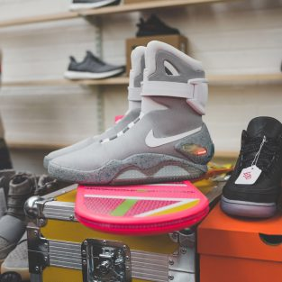 20 đôi sneaker đắt giá nhất tại Crepe City SS17