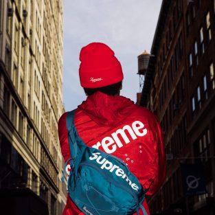 Ngắm nghía streetstyle ngày ra mắt Supreme x COMME des GARÇONS