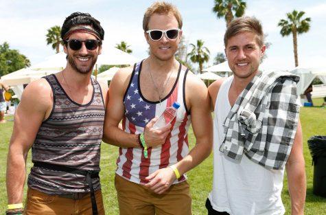 Lễ hội Coachella 2017: Muôn kiểu streetstyle phái mạnh ngày Hè