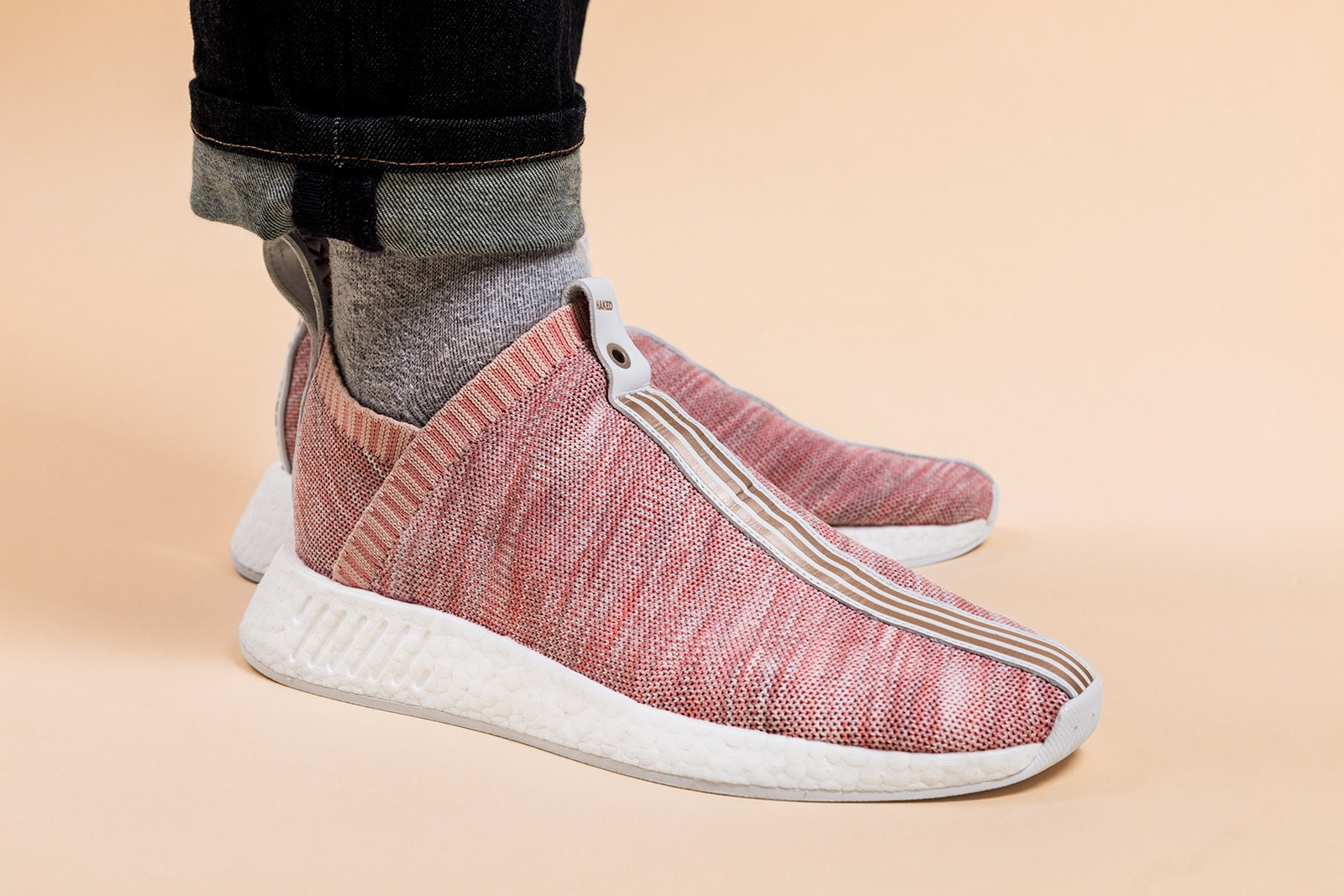 giay the thao adidas 2017 - Kith x Naked x adidas Consortium NMD City Sock - elle man 3
