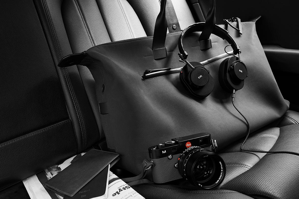 Master & Dynamic x Leica 5