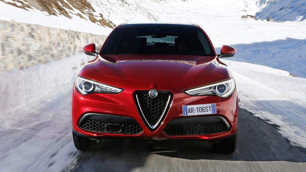 xe hoi dep - Alfa Romeo Stelvio - elle man 2