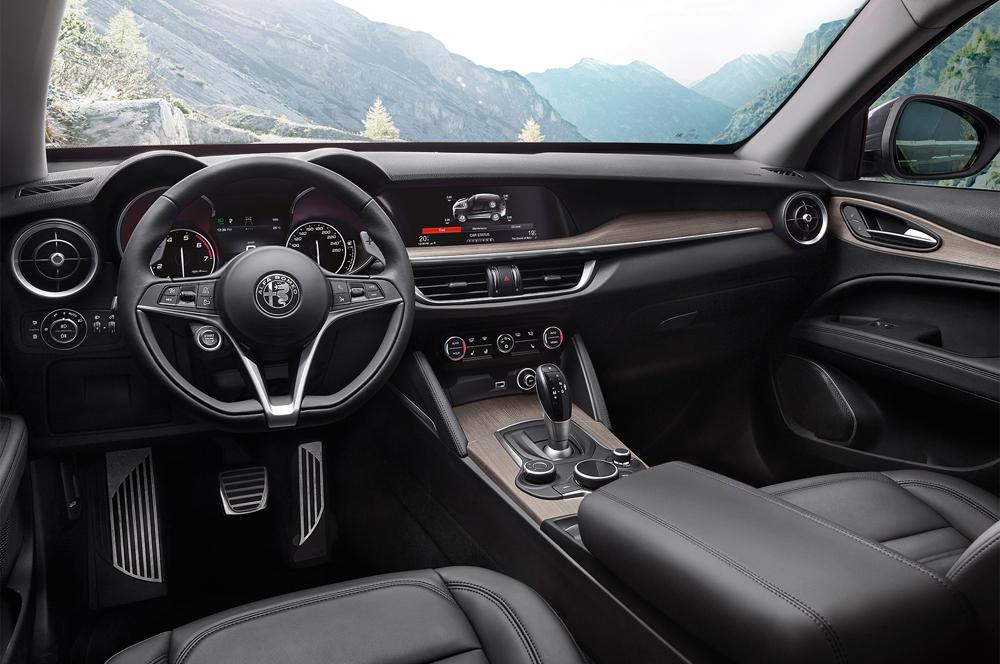 xe hoi dep - Alfa Romeo Stelvio - elle man 3