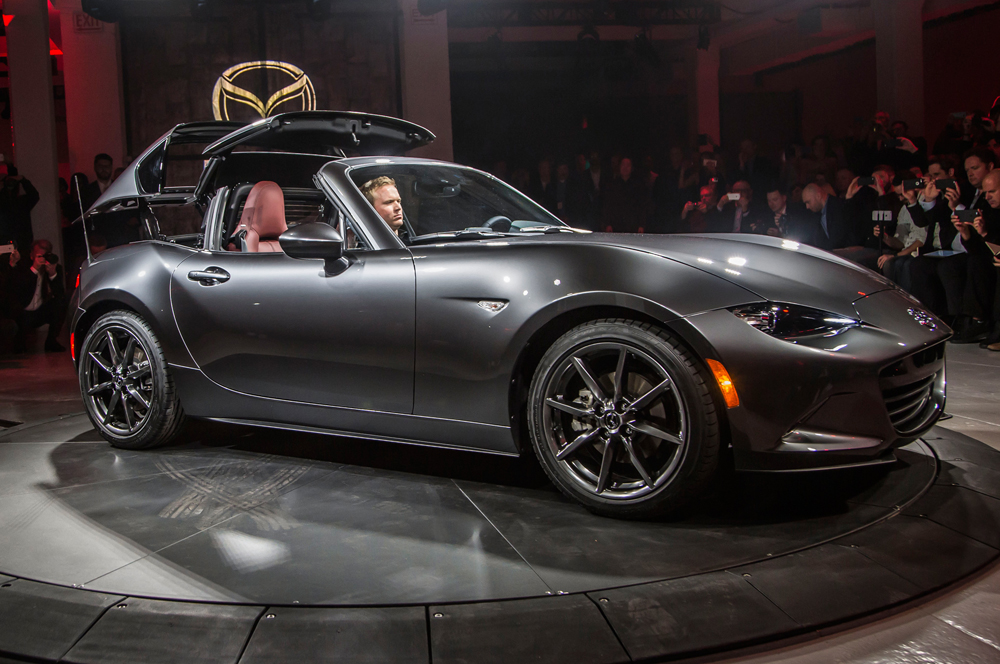 xe hoi dep - Mazda MX-5 RF - elle man 1