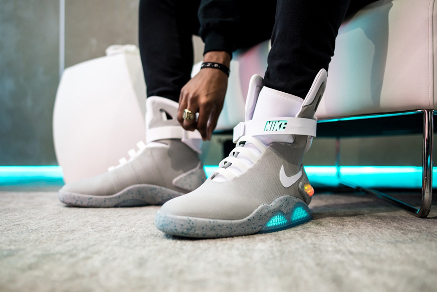 giay the thao nike - Air MAG - elle man 1