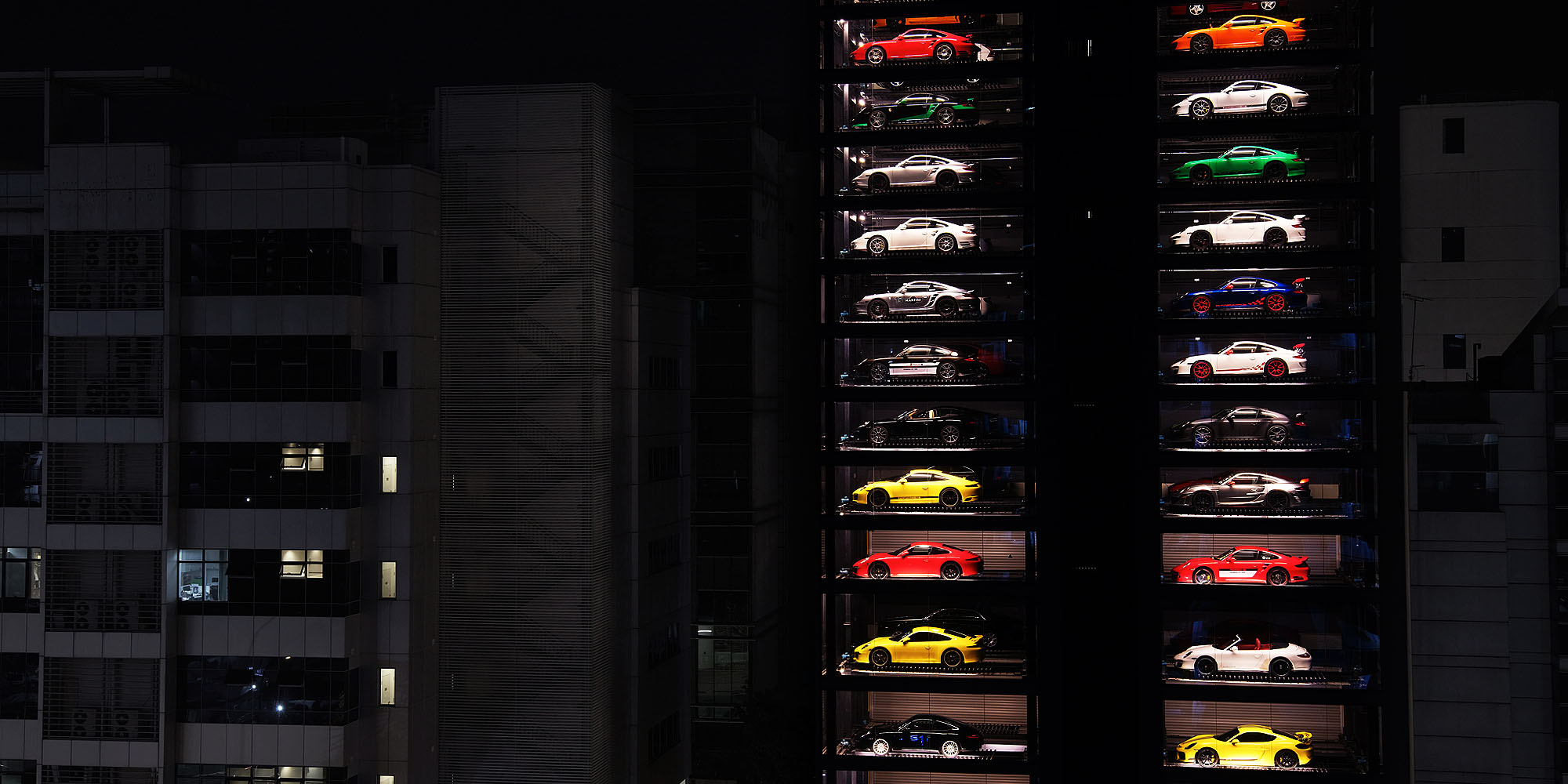 autobahn motors - vending machine - elle man 4