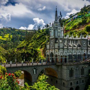 Khám phá 15 địa điểm du lịch tuyệt đẹp ít ai biết đến