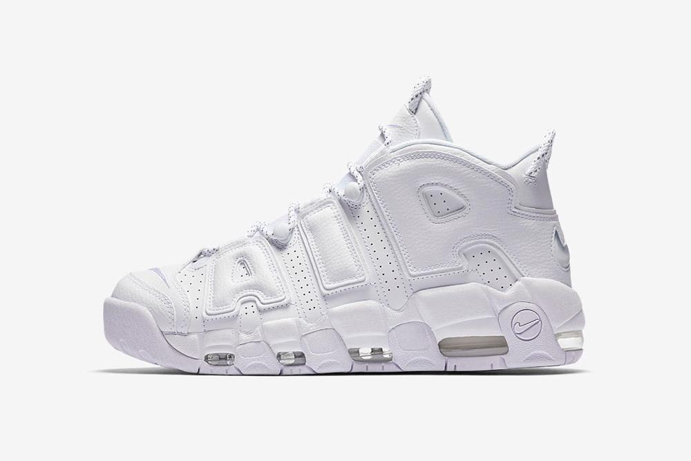 giay sneaker - phong cach thoi trang - elle man 11-Nike Air Uptempo-Triple White