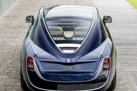 Chiêm ngưỡng xe hơi Rolls-Royce Sweptail độc nhất với giá bán kỷ lục